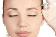 سن مناسب تزریق بوتاکس + کاربردهای درمانی بوتاکس