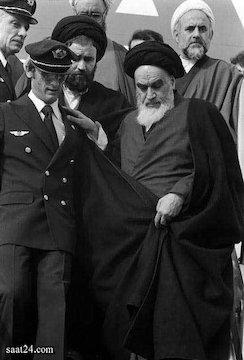 عکس های کمیاب انقلاب اسلامی ۵۷ جنگ و درگیری های مردم تظاهرات و راهپیمایی ۲۲ بهمن