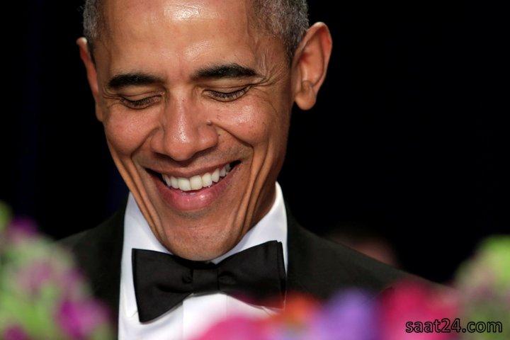 باراک اوباما در حال قرائت سخنرانی سالانه اش در گردهمایی کاخ سفید