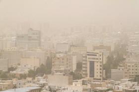 موج گرد و خاک در هوای زنجان