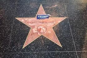 (تصاویر)ستاره دونالدترامپ در پیاده روی مشهور هالیوود تخریب شد