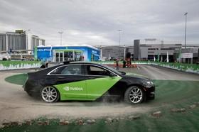 آخرین دستاورد های فناوری های نوین:یک خودرو لینکلن مجهز به تجهیزات تکنولوژی جدید نویدا