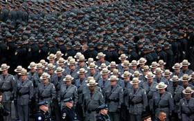 رژه نیروهای پلیس آمریکا در پنسیلوانیا
