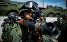 نیروهای نظامی ونزوئلا در حال آماده باش برای مانور نظامی