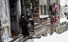 یک آواره سوری در زمستان و برف در خانه ای در استانبول