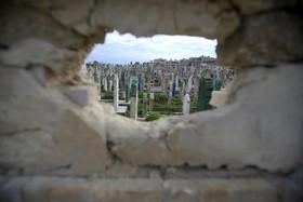 نمایی از یک قبرستان در حلب