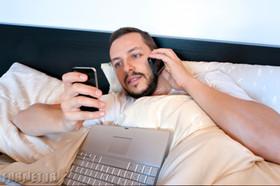 9 دسته بندی مهم که نشان می دهد شما به موبایل معتاد هستید