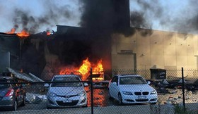 سقوط یک هواپیمای کوچک مسافری در ملبورن استرالیا که منجر به کشته شدن چهار سرنشین آن شد