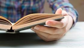 10 رمان خارجی که قبل از مردن باید بخوانید!!
