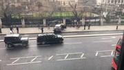حمله تروریستی در لندن مقابل پارلمان انگلیس/ ۵ کشته و ۴۰ زخمی/ تشکیل جلسه اضطراری با حضور نخستوزیر+عکس