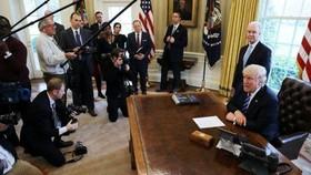 دموکراتها و راه بندان تازه برای ترامپ