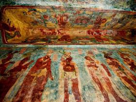 بخشی از نقاشی های کشف شده بر دیوارهای معبد مایاها در شهر چیاپاس در مکزیک