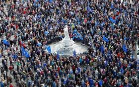 تظاهرات به نفع اتحادیه اروپا و علیه جدایی انگلیس از این اتحادیه در آلمان