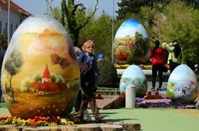 تخم مرغ های چشن عید پاک دردر ابعاد بزرگ در کرواسی