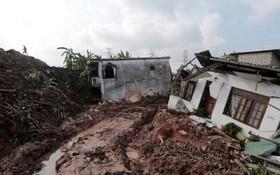 خرابی های ناشی از رانش مرکز تخلیه زباله در سریلانکا