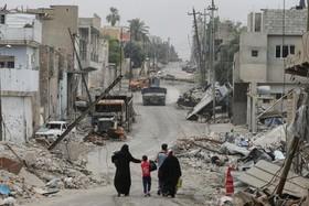 آوارگان عراقی در غرب موصل که از دست داعش جان سالم به در برده اند