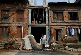بازسازی خانه ای که در زلزله سال 2015 در نپال تخریب شد