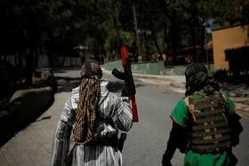 نبرد نمایشی میان داعش و نیروهای تحت امر آمریکا