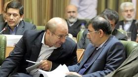واکنش وزیر راه و شهرسازی به اظهارات شهردار در مناظره: ۴ درصد ثروتمند یاری وفادارتر از قالیباف نداشتهاند/او ۱۲ سال در شهرداری تهران چه میکند؟