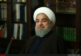 روحانی: مسیر اعتدال و اصلاحات را رها نمیکنیم/اجازه نمیدهیم حقوق خصوصی مردم نقض شود/نمیگذاریم دوباره فضای امنیتی در دانشگاهها حاکم شود/هر روز فشار میآوردند که شبکههای اجتماعی را فیلتر کنند/حقوق شهروندی را مو به مو اجرا میکنیم