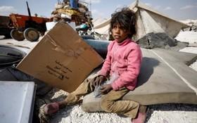 دختر آوراه و بی خانمان سوری