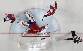 مسابقات هاکی روی یخ در پاریس