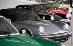 نمایشگاه خودروهای پورش قدیمی در اشتوتگارت آلمان مدل 911 پورش از سال 1963 تولید شده است