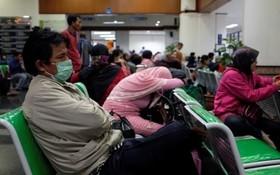 ازدهام بیماران در جاکارتا در اندونزی به دلیل اخلال ناشی از حمله سایبری به شبکه کامپیوتری شبکه بهداشت اندونزی