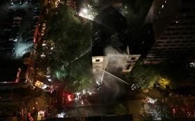 تلاش آتش نشانان در نیویورک برای خاموش کردن آتش