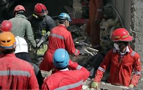 انفجار یک ساختمان ۳ طبقه در محدوده سعادت آباد/ ۲ مرد دچار مصدومیت شدند