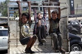 بازی کودکان در محل کارشان در جامو مرکز کشمیر تحت کنترل هند