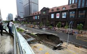 ریزش خیابانی در جینگ سو در چین