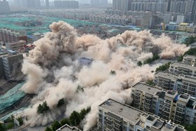 تخریب خانه ها بصورت کنترل شده در چین