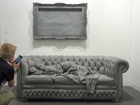 یک اثر هنری از هنرمند بلژیکی هانس اوپ دبک در نمایشگاهی در بازل سوئیس