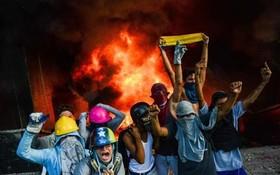 تظاهرات در کاراکاس علیه مادورو ونزوئلا