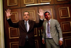 دو رهبر حزب مخالف در ونزوئلا که در یک گرد همایی که با حمله حامیان دولت برهم خورد زخمی شده اند