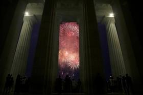 مراسم چشن استقللا آمریکا در مقابل ساختمان کنگره آمریکا