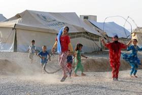 کودکان آواره عراقی در اردوگاهی در حومه موصل