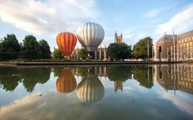 بالن های جدید هوای گرم که با انرژی خورشیدی کار می کنند در بریستول انگلیس