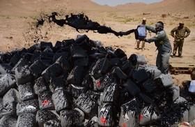 اتیش زدن 15 هزار لیتر اسید استیک در هرات افغانستان که برای تولید هروئین استفاده می شود