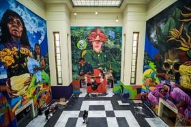 نقاشی های الهام گرفته شده از رمان صد سال تنهایی نویسنده کلمبیایی گابریل گارسیا مارکز توسط نقاش هموطنش اسکار گونزالز و آندره پیساکان