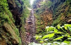 زیبایی بینظیر آبشار «گزو» در سوادکوه + تصاویر