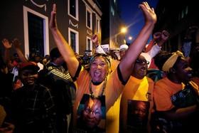 تظاهرات حامیان ژاکوب زوما در کیپ تاون در حمایت از وی پس بروز اختلاف ها علیه وی