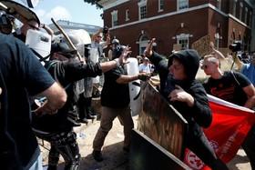 (تصاویر) سه کشته و صدها زخمی در تظاهرات نژادپرستان آمریکا
