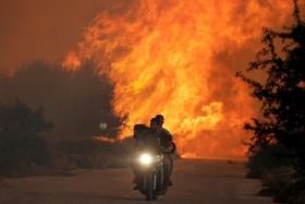 آتش سوزی جنگل ها در جنوب آتن در یونان