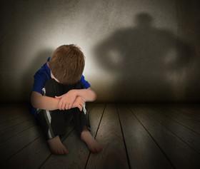 جزئیات کودک آزاری پسر 15 ماهه با چاقو در سیرجان