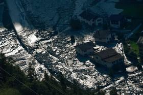 رانش زمین در منطقه روستایی در سوئیس و تخلیه روستای خسارت دیده