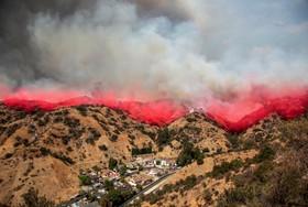 آتش سوزی در تونا کانیون در کالیفرنیای آمریکا