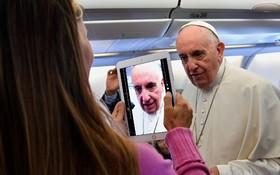 پاپ فرانسیس در سفر به کلمبیا