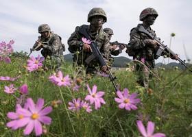تمیرین نظامی نیروهای کره جنوبی